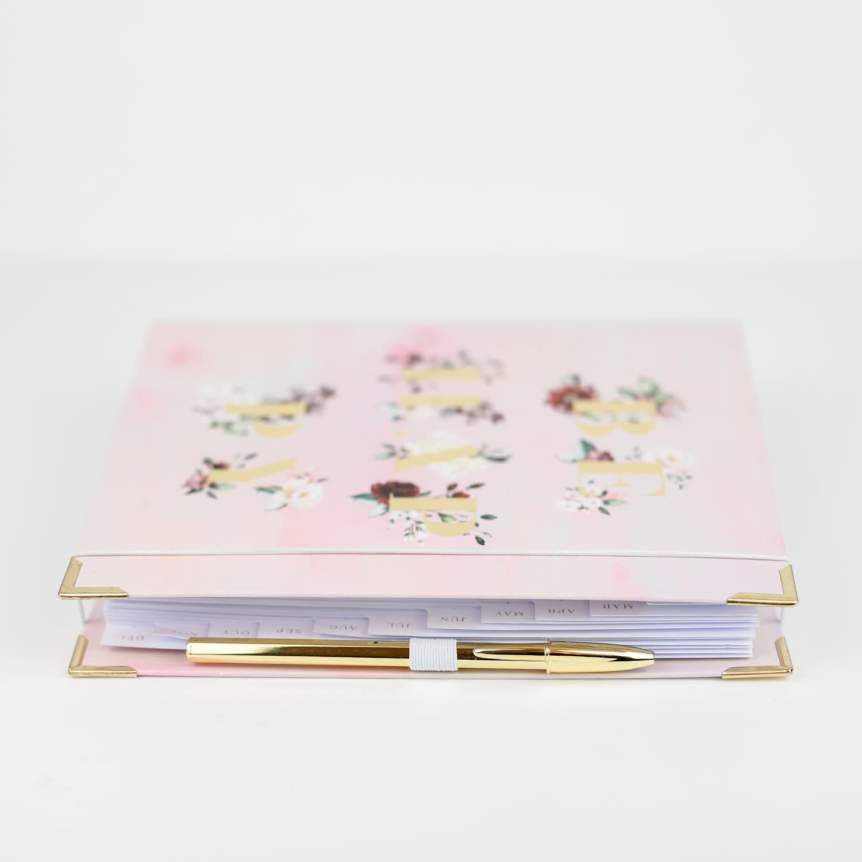 Stiftschlaufe weiß am Cover Aquarell mit goldenem Kuli