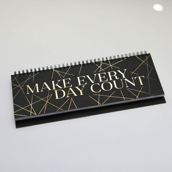 Tischkalender Make every day count Black and gold