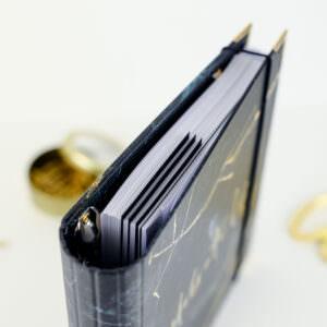 Lesezeichen Black im Ringbuch Black