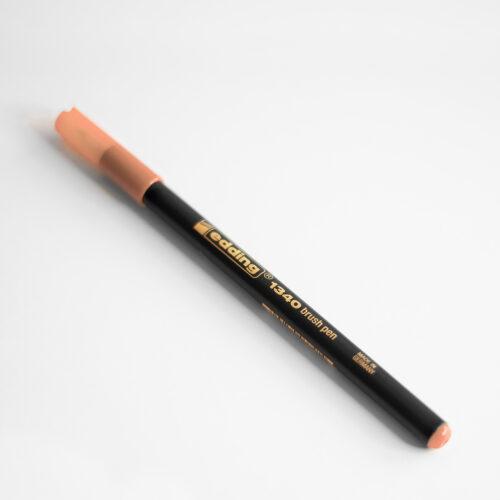 Edding Brush Pen Apricot Nude mit Kappe