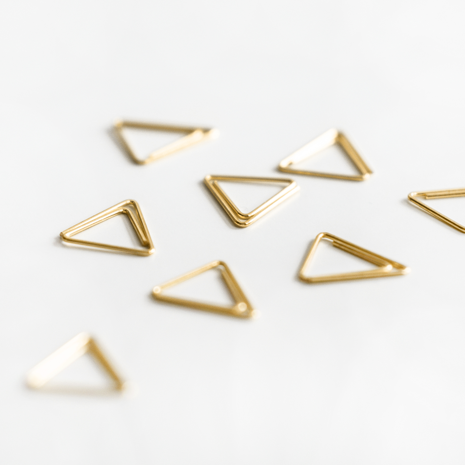 Clips gold Triangle