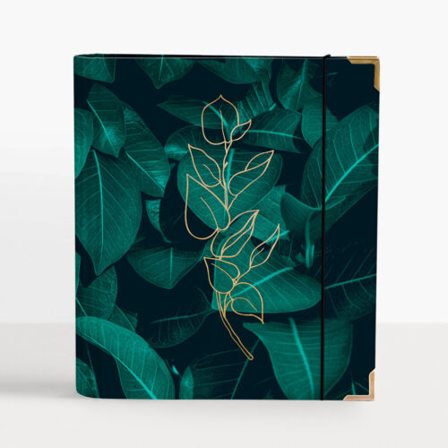 Greenery Cover mit goldenem Blatt