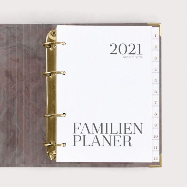 Familienplaner Nude 2021 mit weißen Registern