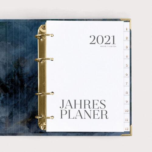 Jahresplaner Midnight 2021 mit weißen Registern