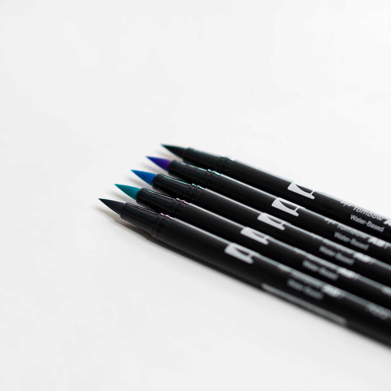 Tombow Brush Pen Set Midnight bestehend aus fünf Pinselstiften