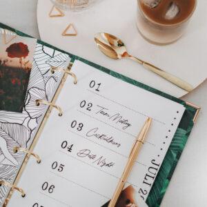 Bullet Journal Seiten im Ringbuch Greenery und goldenem Kuli